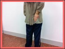 【腰痛・椎間板ヘルニア・坐骨神経痛】・・・福岡市中央区草香江の腰痛の女性